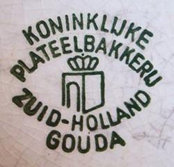 (PZH) (N.V.Koninklijke) Plateelbakkerij Zuid-Holland, E. Estié & Co. 11-6-18-1