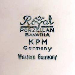 Royal Porzellan, Bavaria. K.P.M. (Kerafina Porzellan) 13-9-17-2