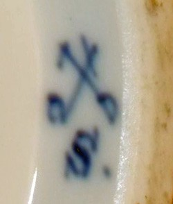 Swaine & Co.Impressed and ink filled mark. 14-11-17-1